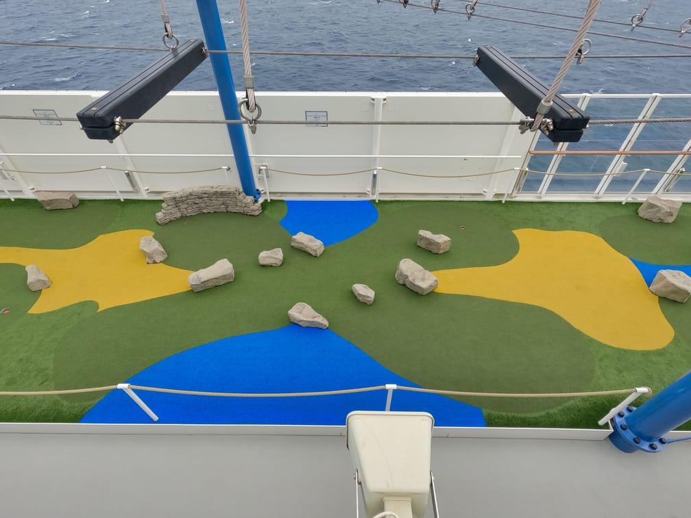 Dream Cruise Mini Golf