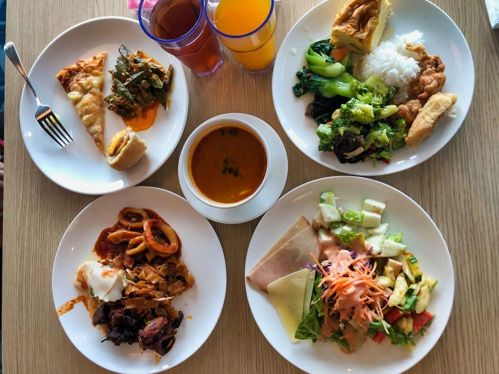 Singapore Dream Cruise The Lido Lunch Buffet